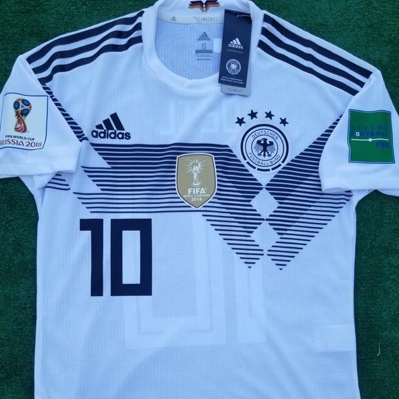 f05024a566e 2018 Germany soccer jersey Ozil player version